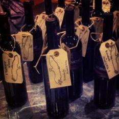 Botellita de Rioja para dar la bienvenida a los participantes.